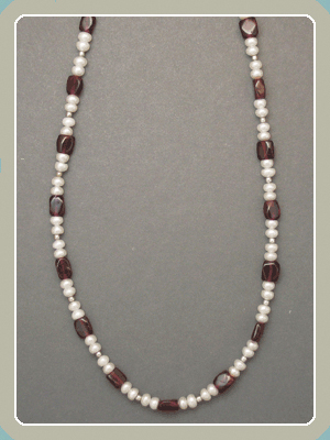 NE11 - Garnet and Pearl <font color=red><i>NEW!</i></font>